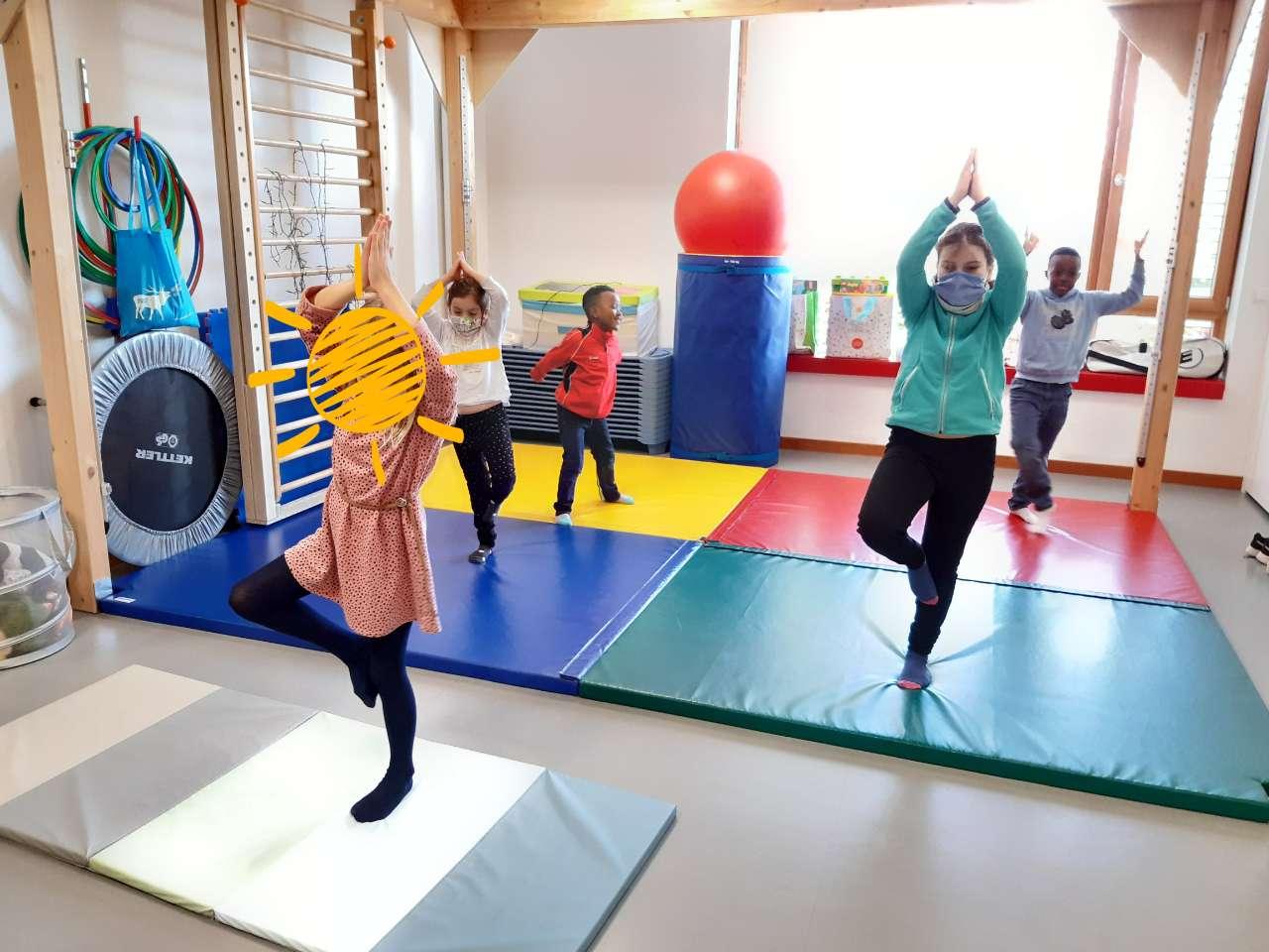SEA Beetebuerg: Sonnepavillon : Mär maachen Yoga